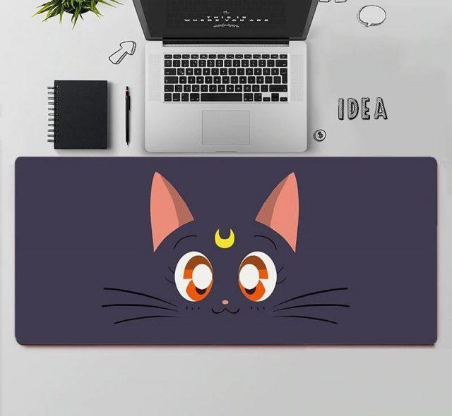 kawaii-sailor-moon-cat-face-mouse-pad