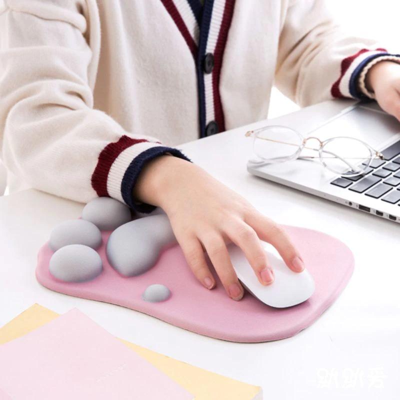 cute-cat-paw-mouse-pad-nonslip-silicone_description-14