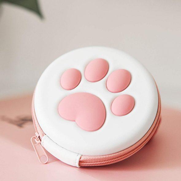 kawaii-cat-paw-nintendo-switch-game-card-carrying-case