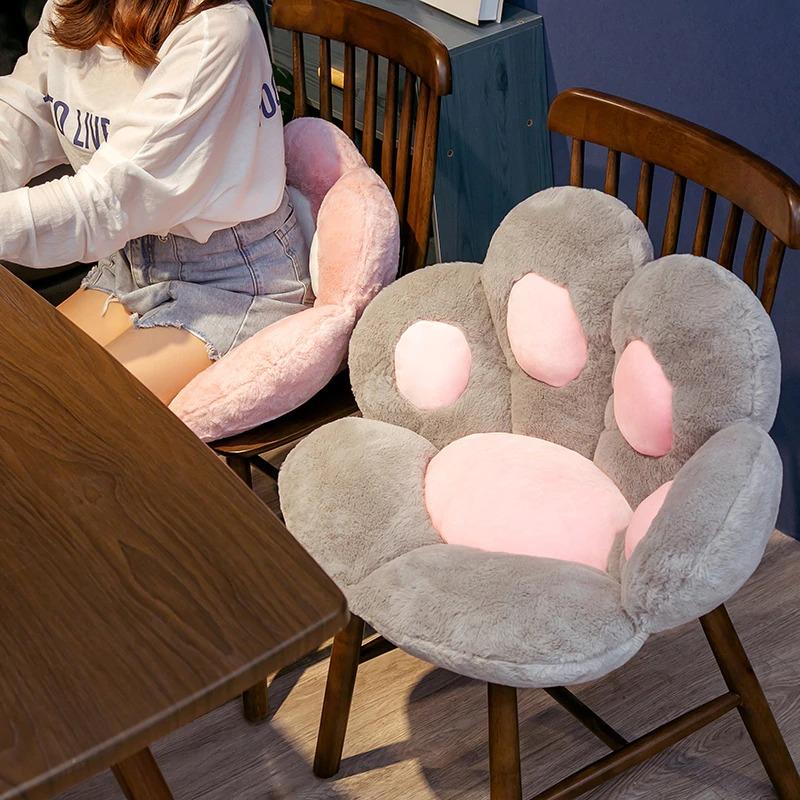 kawaii-cat-paw-seat-cushion-9
