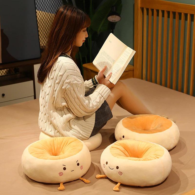 kawaii-donut-seat-cushion-1