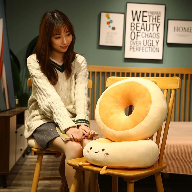 kawaii-donut-seat-cushion-4