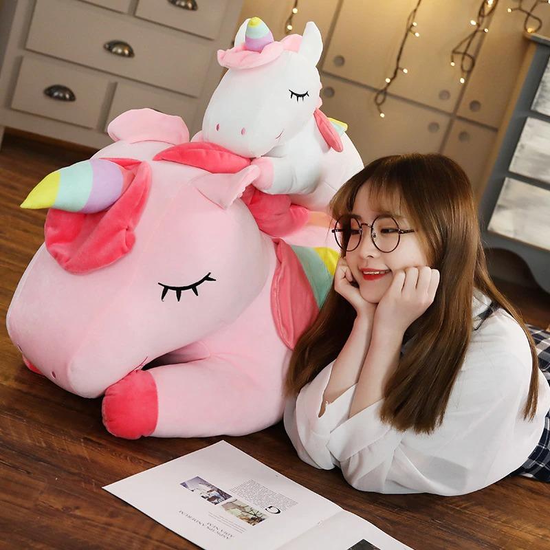 kawaii-giant-unicorn-plushie-3