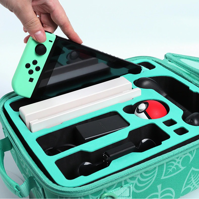 kawaii-green-leaf-switch-carrying-case-10