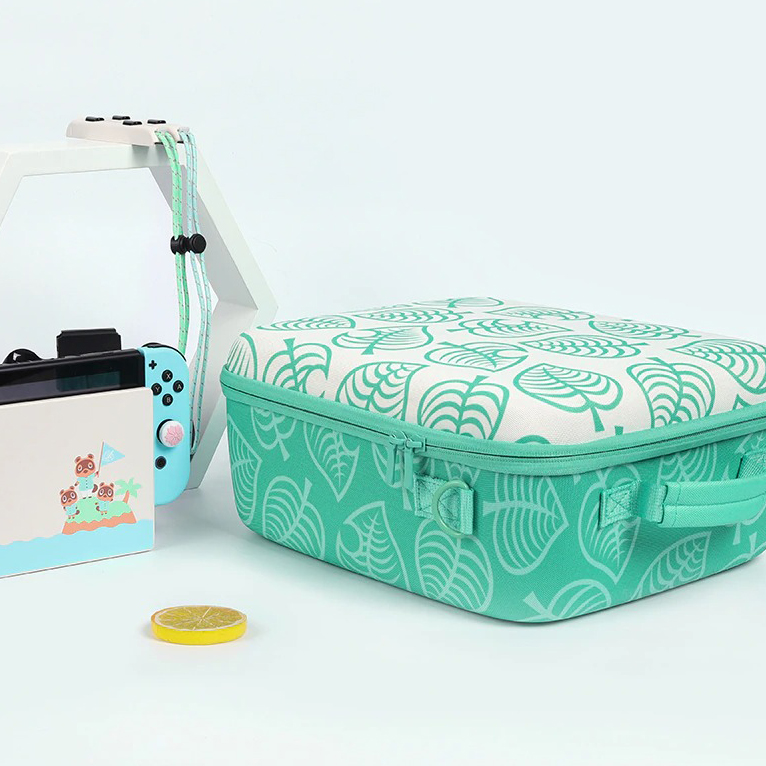 kawaii-green-leaf-switch-carrying-case-11